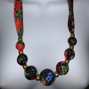 Jewelry - Unique floral cloth round ball beads necklace
